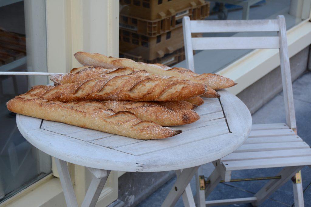 stokbroden de man die brood bakt zierikzee bakker bakkerij groos op zeeland